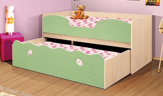 Двухуровневая детская кровать